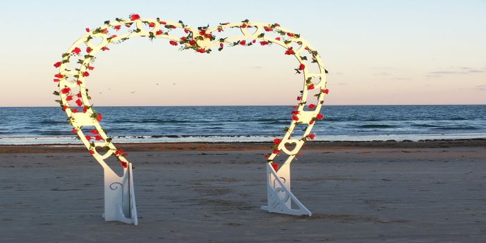 heart archway2